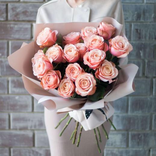 Букет из 17 розовых роз № 318