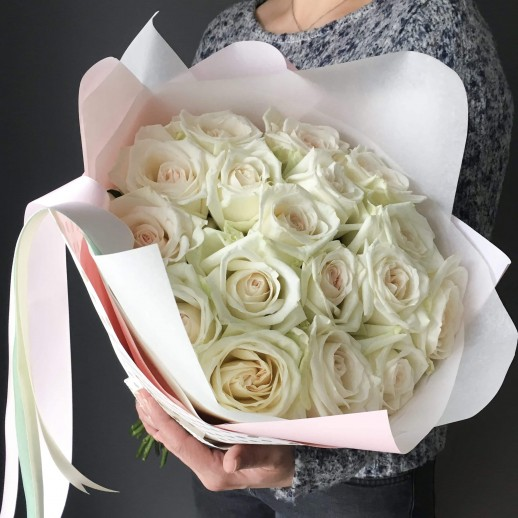 Букет из 19 белых роз № 320