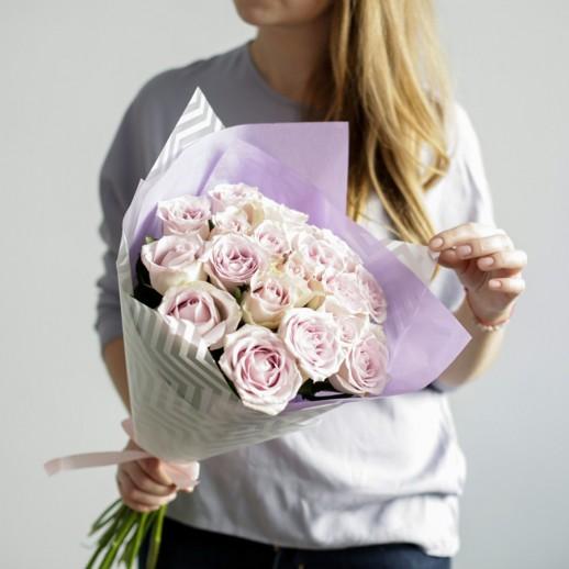 Букет из 21 сиреневой розы № 326