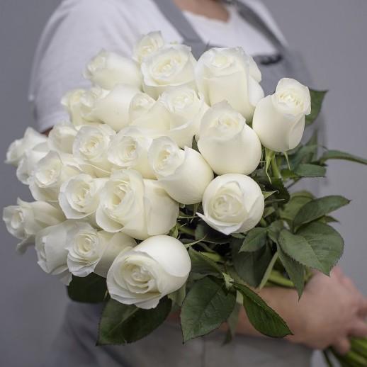 Букет из 25 белых роз № 327