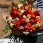Букет из 51 розы разного цвета № 350