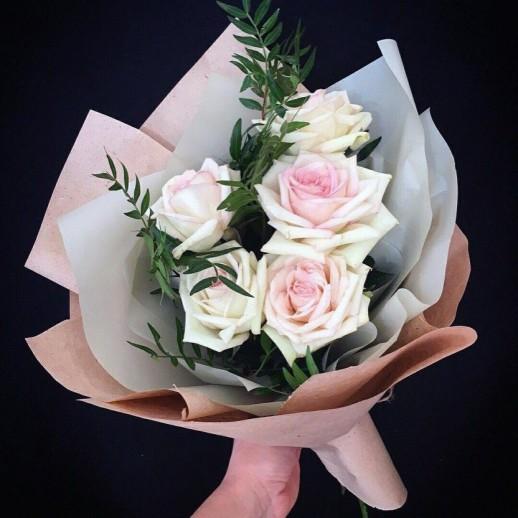 Букет из 5 белых роз № 287