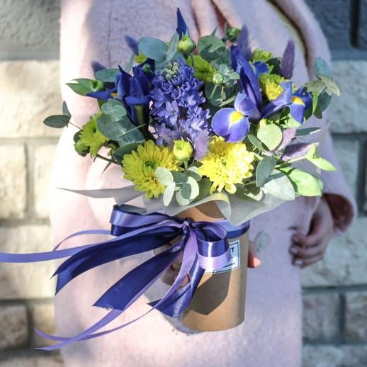 Стаканчик из цветов №114