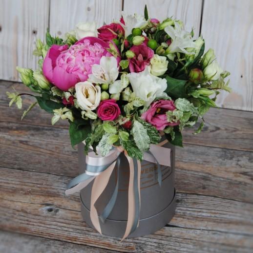 Коробка с цветами №125