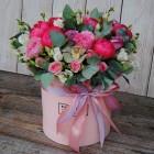 Коробка с цветами №136