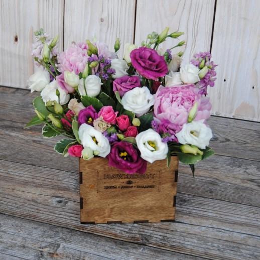 Коробка с цветами №137