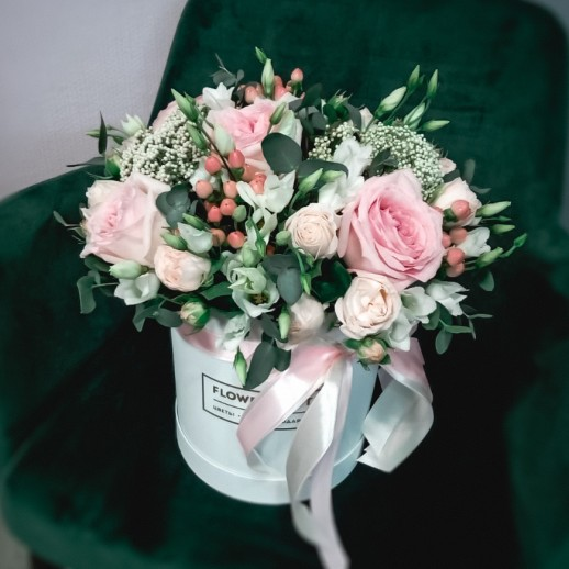 Коробка с цветами №143