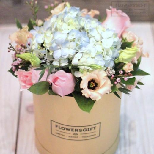 Коробка с цветами №190