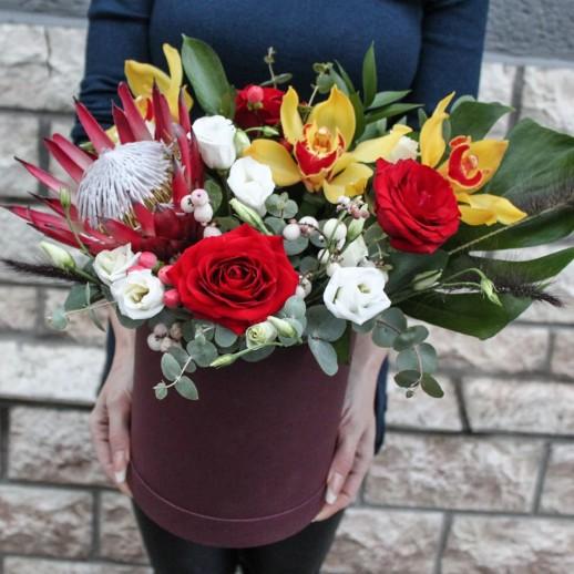 Коробка с цветами №245