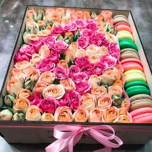 Коробка с цветами №256