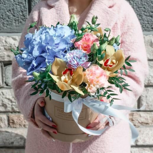 Коробка с цветами №44