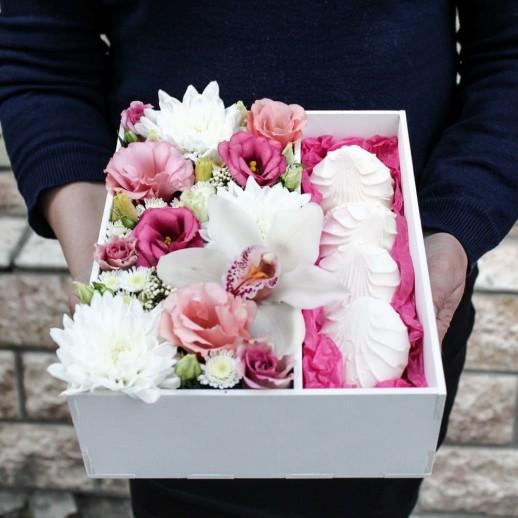Коробка с цветами №49