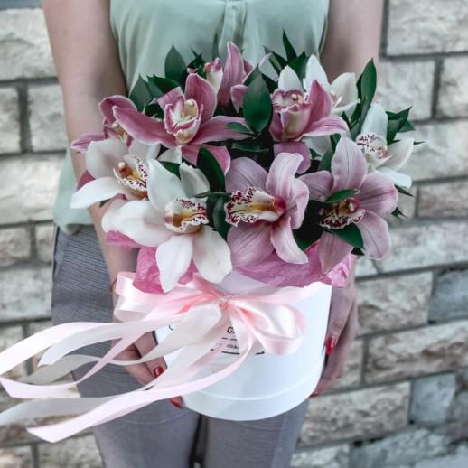 Коробка из орхидей №53