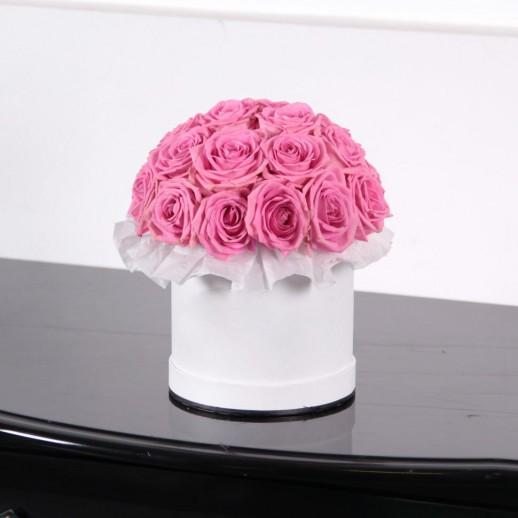 Коробка из 23 роз