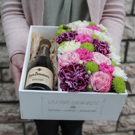Коробка с цветами №60