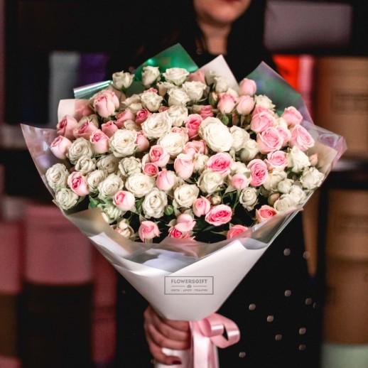 Букет из 19 кустовых роз №640