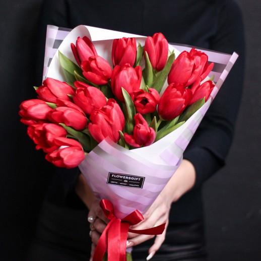 Букет из 19 тюльпанов №651