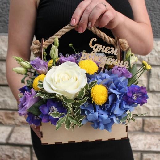 Ящик с цветами №93