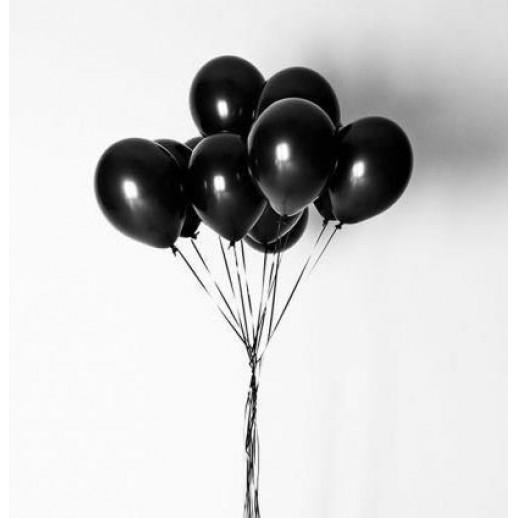 10 черных шаров с гелием