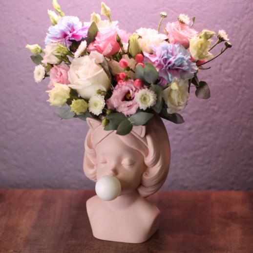 Кашпо Дора с цветами № 3720