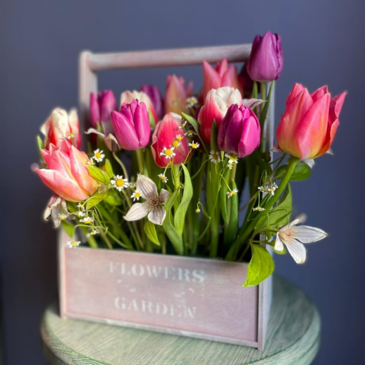 Ящик из 25 тюльпанов №3773